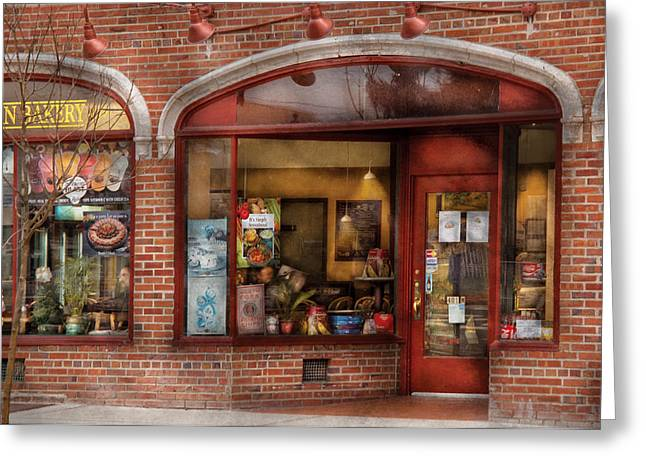 Cafe - Westfield Nj - Tutti Baci Cafe Greeting Card by Mike Savad