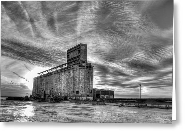 Cargill Sunset In B/w Greeting Card