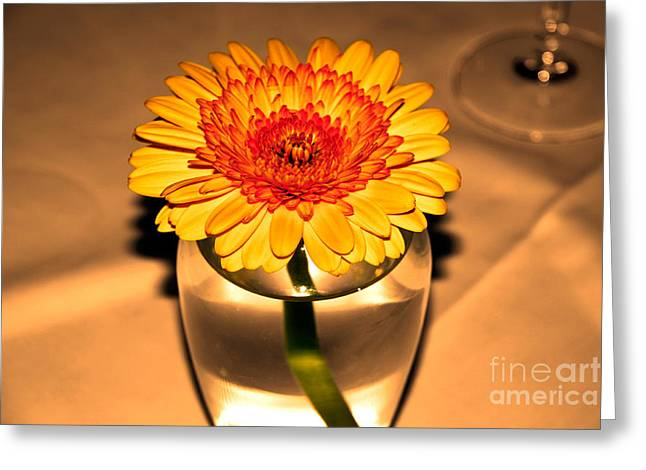 Centerpiece Greeting Card by Wendy Mogul