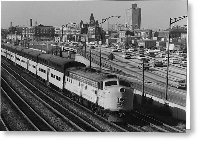 Chicago And North Western Train Nears North Avenue Yard Greeting Card