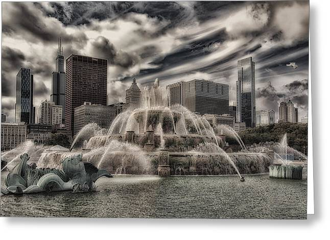 Chicago Buckingham Fountain Summer Storm Passing By Pa 01 Greeting Card by Thomas Woolworth