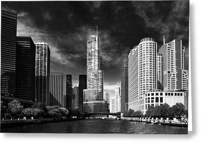 City - Chicago Il - Trump Tower Bw Greeting Card