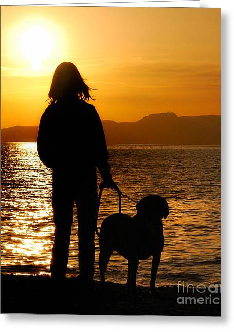 Contemporaneous Moment - Friends Sharing A Sunset Greeting Card by Steven Milner