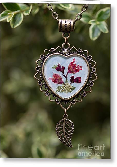 Coral Bell Pressed Flower Pendant Greeting Card