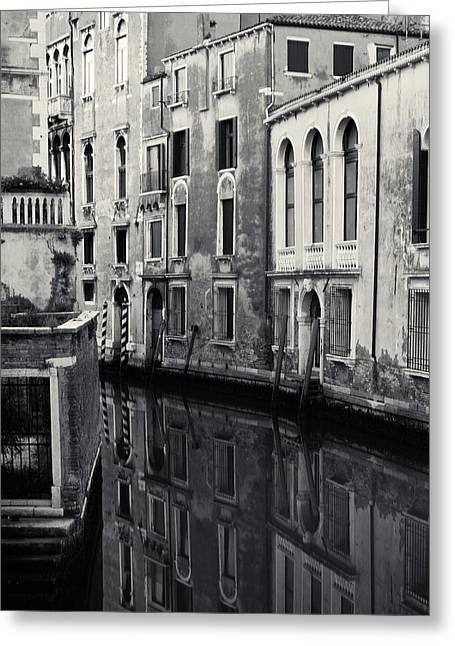 Dawn Canal, Venice, Italy Greeting Card by Richard Goodrich