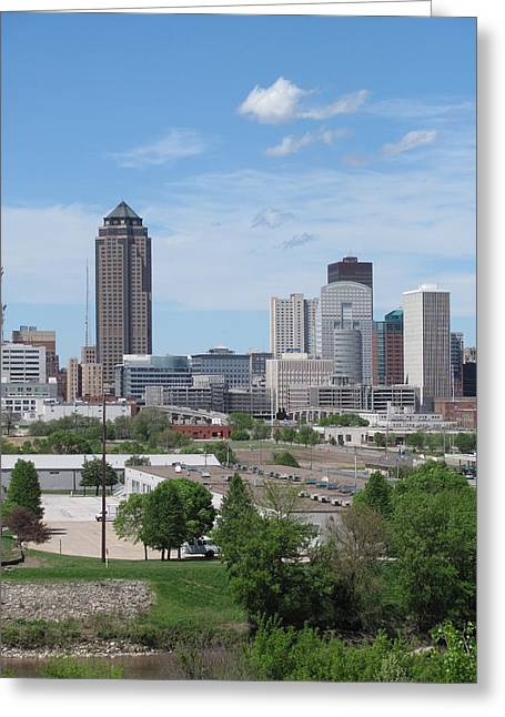 Des Moines From Macrae Park Greeting Card by Jerry Browning