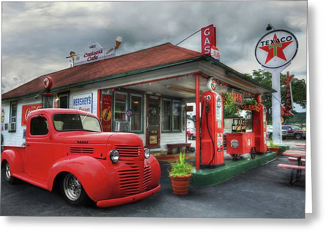 Greeting Card featuring the photograph Dodge At Cruisers by Lori Deiter