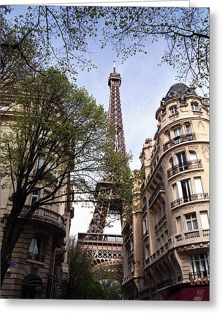 Greeting Card featuring the photograph Eiffel Tower 2b by Andrew Fare