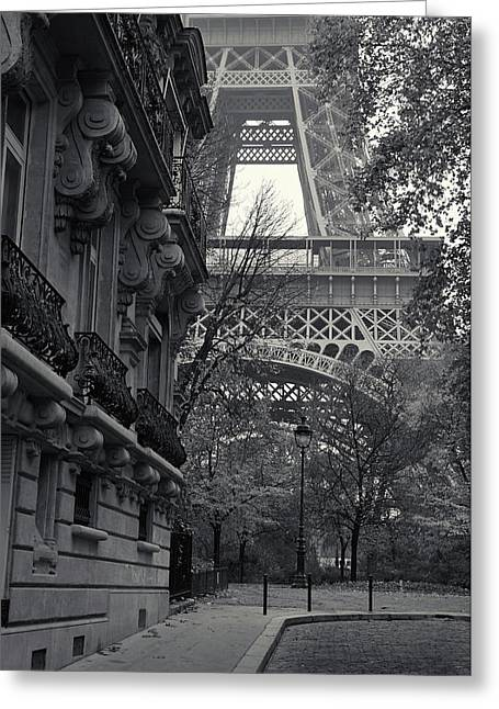 Greeting Card featuring the photograph Eiffel Tower by Richard Goodrich