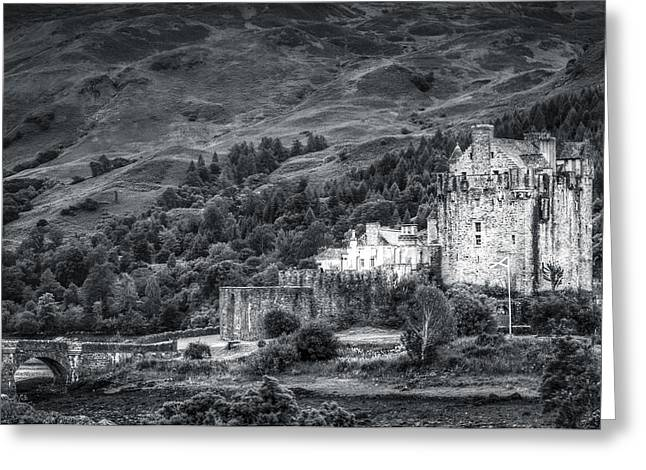 Eilean Donan Castle, Dornie, Kyle Of Lochalsh, Isle Of Skye, Scotland, Uk Greeting Card