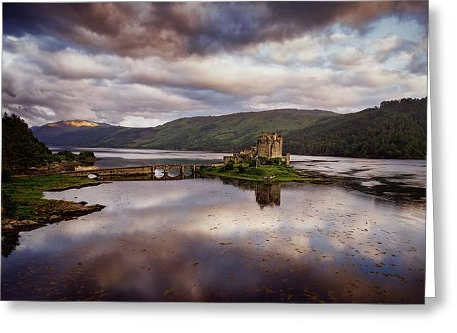 Eilean Donan Castle Greeting Card by Ian Good