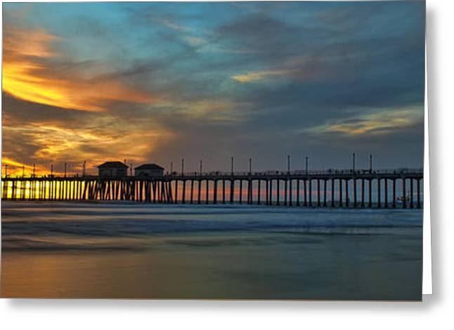 Fire On The Sky - Huntington Beach Pier Greeting Card by Peter Dang