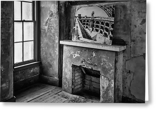 Fireplace Ft Point Greeting Card by Garry Gay