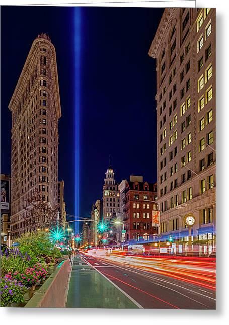 Flatiron Nyc 911 Tribute In Light Greeting Card