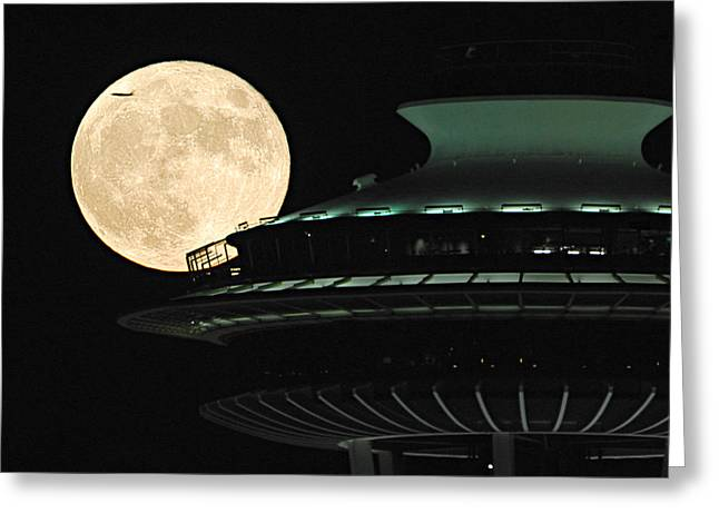 Fly Me To The Moon A331 Greeting Card by Yoshiki Nakamura