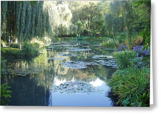 Giverny Viii Greeting Card by Wendy Uvino
