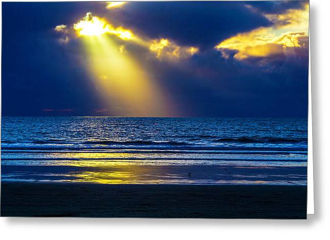 Golden Shaft Of Light Greeting Card by Garry Gay