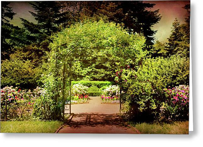 Green Garden Trellis Greeting Card by Diana Angstadt
