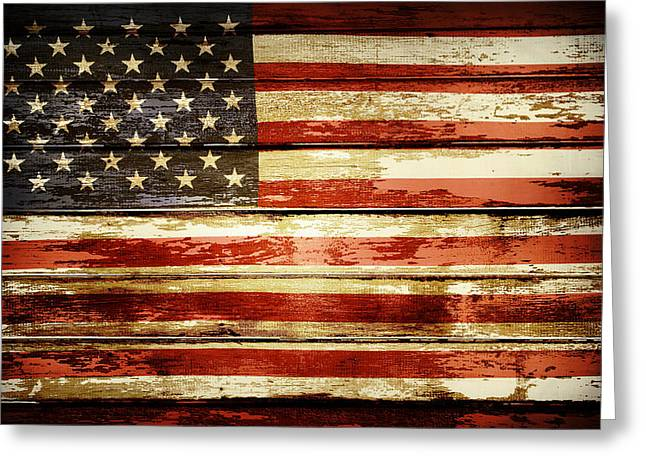 Grunge American Flag Greeting Card by Les Cunliffe