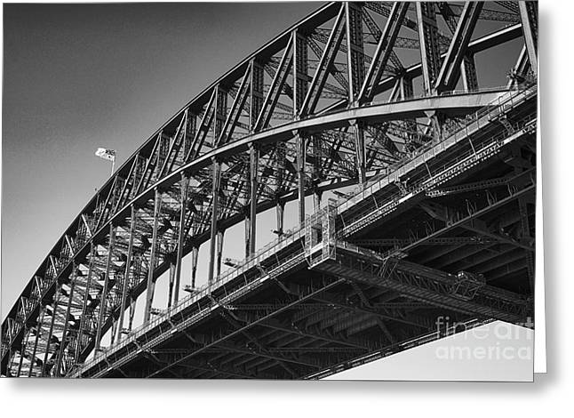 Greeting Card featuring the photograph Harbor Bridge In Black And White by Yew Kwang