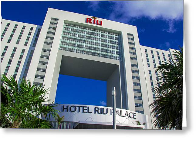 Hotel Riu Palace In Cancun Greeting Card