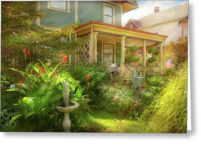 House - Bevidere Nj - Country Garden Greeting Card
