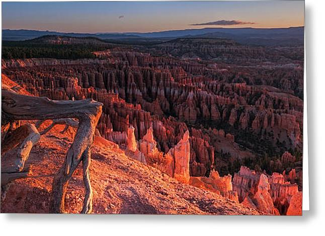 Greeting Card featuring the photograph Inspiration Point by Edgars Erglis