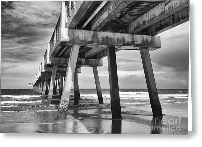 Jacksonville Beach Florida Usa Pier Greeting Card by Vizual Studio