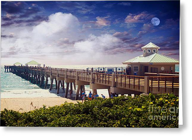 Juno Beach Pier Treasure Coast Florida Seascape Dawn C5a Greeting Card by Ricardos Creations