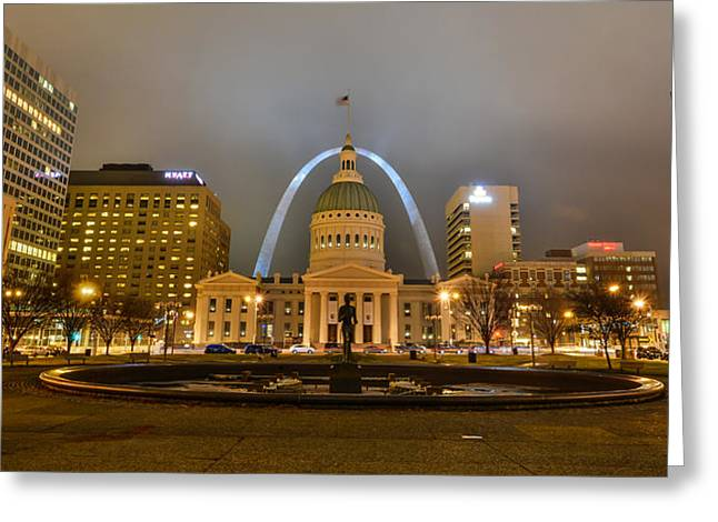 Kiener Plaza And The Gateway Arch Greeting Card