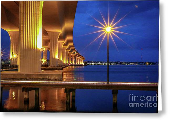 Lamppost Starburst Greeting Card by Tom Claud