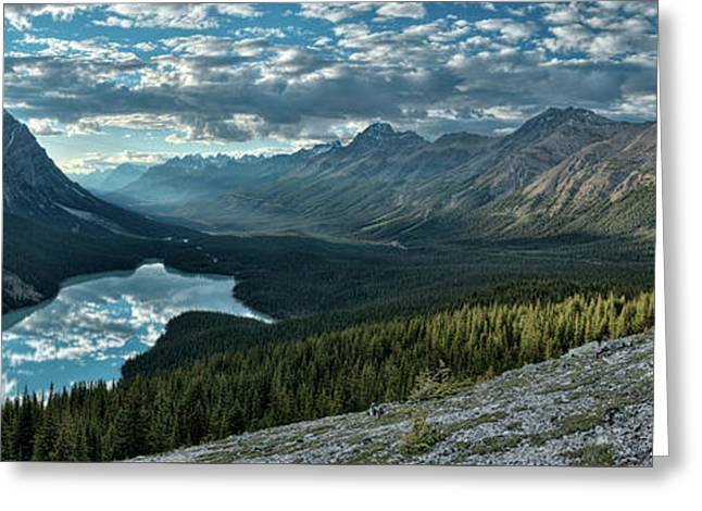 Last Rays Of Light Over Peyto Lake Greeting Card by Sebastien Coursol