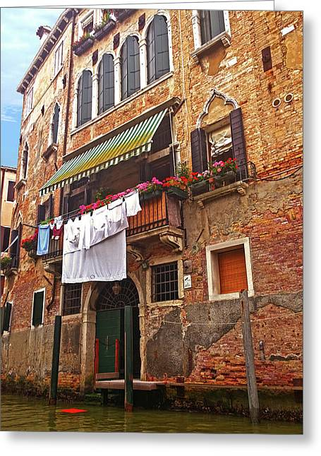 Greeting Card featuring the photograph Laundry Drying In Venice by Anne Kotan