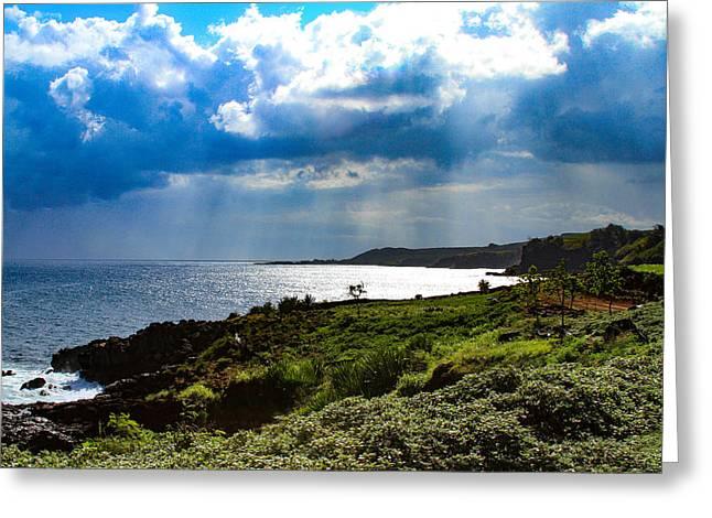 Light Streams On Kauai Greeting Card