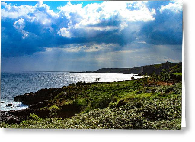 Light Streams On Kauai Greeting Card