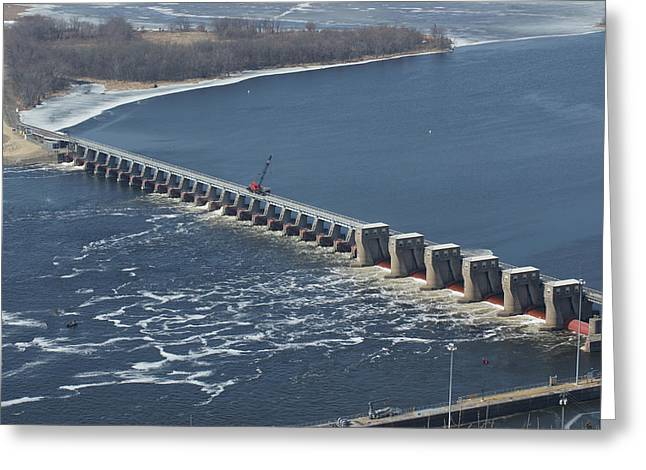 Lock And Dam 4 Greeting Card by Ron Read