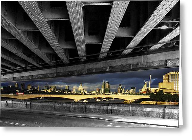 London Bridge Under The Bridge Greeting Card