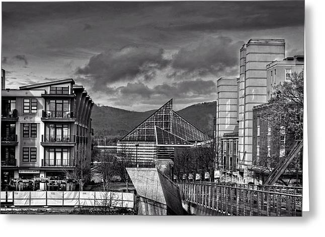 Looking Toward The Tennessee Aquarium In Black And White Greeting Card by Greg Mimbs