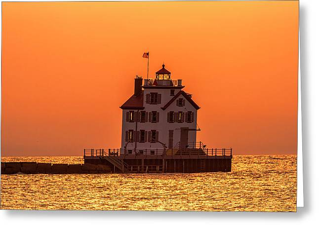 Lorain Lighthouse At Sunset Greeting Card