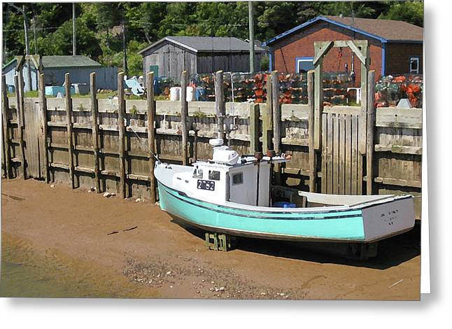 Low Tide On The Bay Of Fundy 1 Of 2 Greeting Card by Greg Rogers