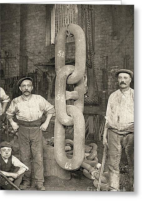 Making The Titanic's Anchor Chain At Hingley And Sons Greeting Card