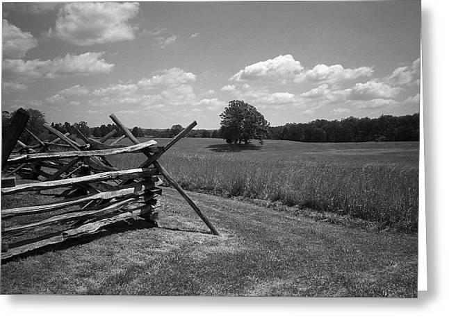 Greeting Card featuring the photograph Manassas Battlefield Bw by Frank Romeo
