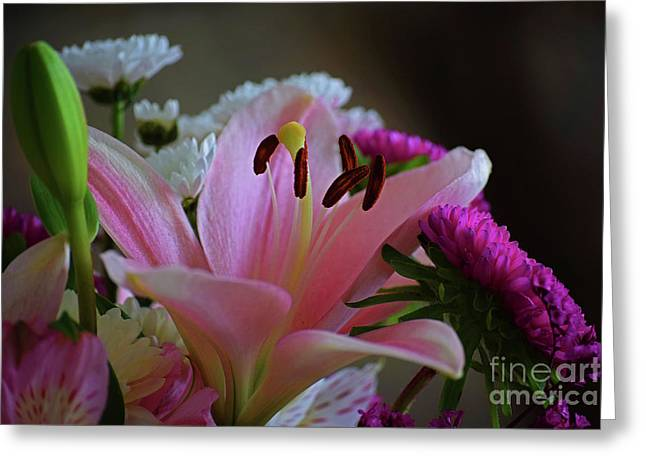 Middle Lily Greeting Card