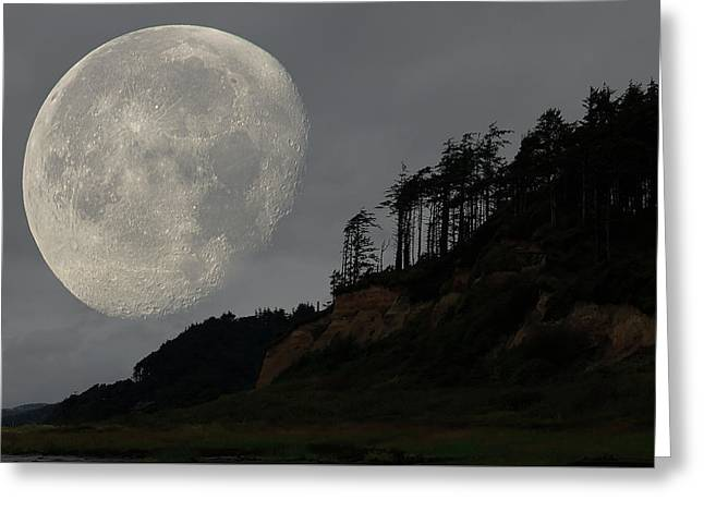 Moon At Roosevelt Beach Wa Greeting Card