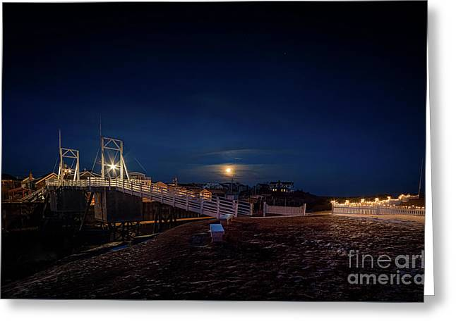Moonlight At The Footbridge Greeting Card by Scott Thorp