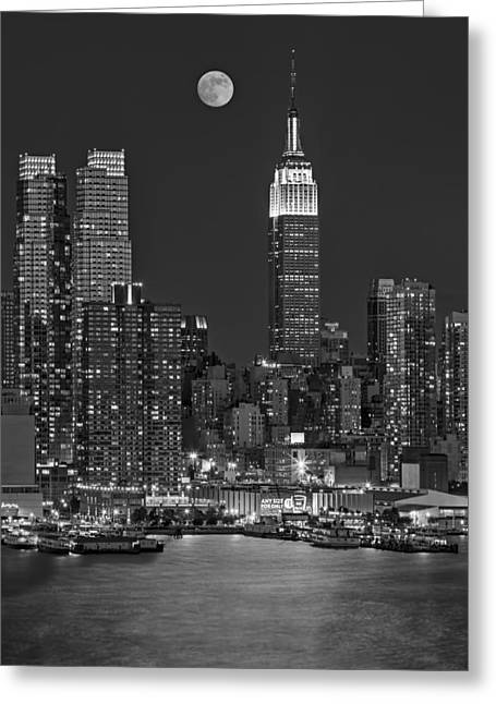 Moonrise Along The Empire State Building Bw  Greeting Card