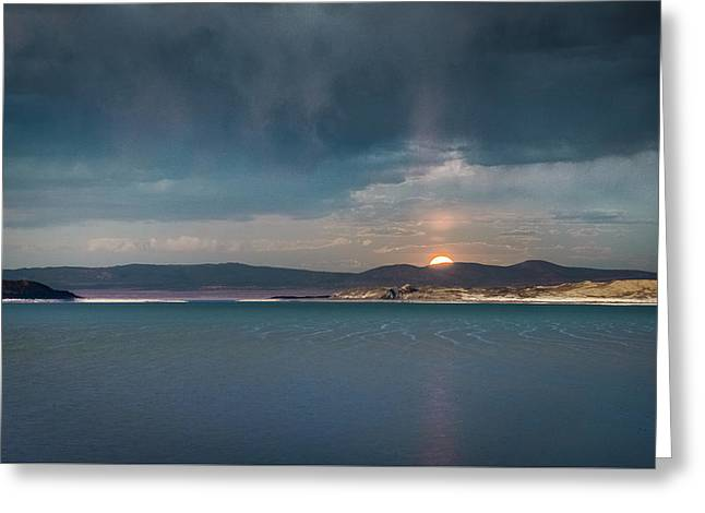 Greeting Card featuring the photograph Moonrise At Mono Lake by Alexander Kunz