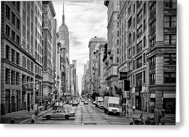New York City 5th Avenue - Monochrome Greeting Card