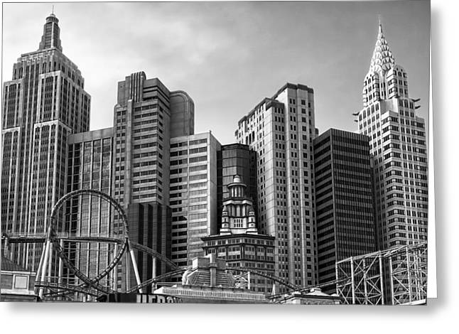 New York Vegas Black And White Greeting Card by Lutz Baar