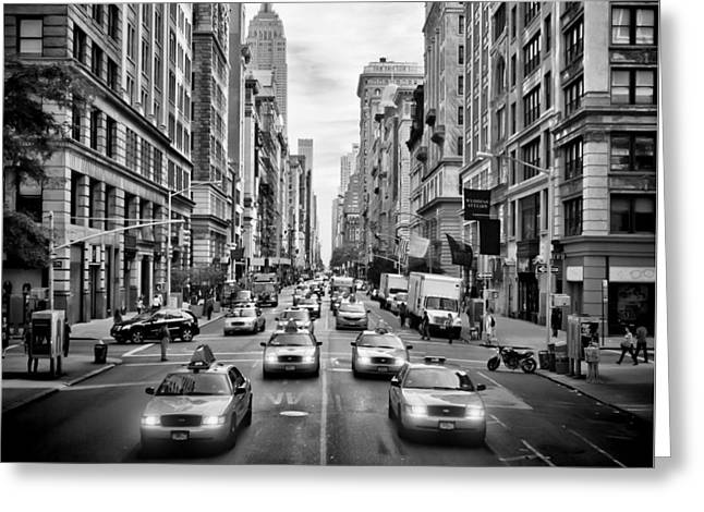 Nyc 5th Avenue Monochrome Greeting Card